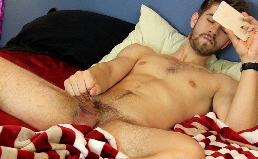 He Loves To Jerk Off For An Audience – Andrew James